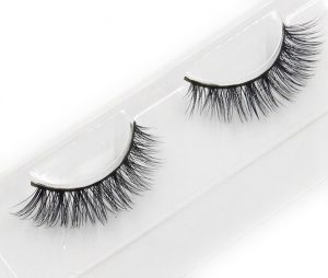 Natural-strip-mink-eyelash-ME03